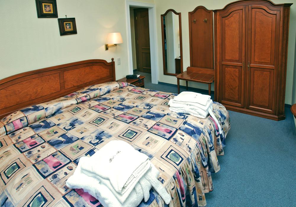 Comfort - Bed View
